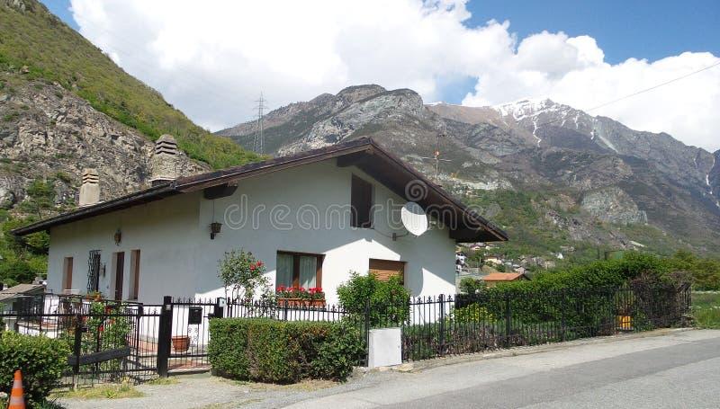 Die italienischen Alpen lizenzfreies stockbild