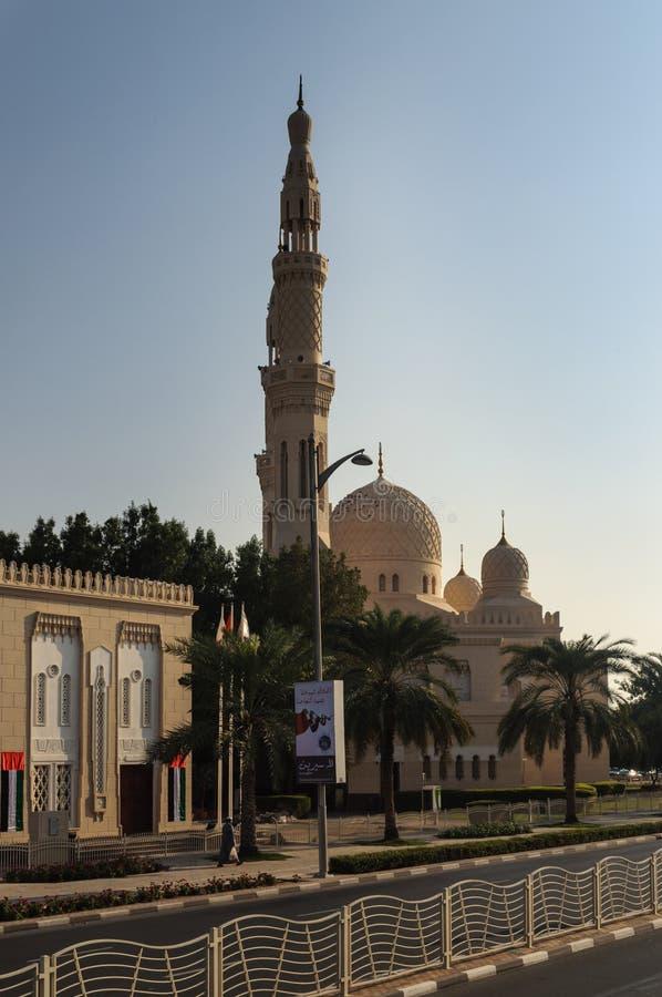 Die Jumeirah-Moschee, Dubai, UAE stockfotos