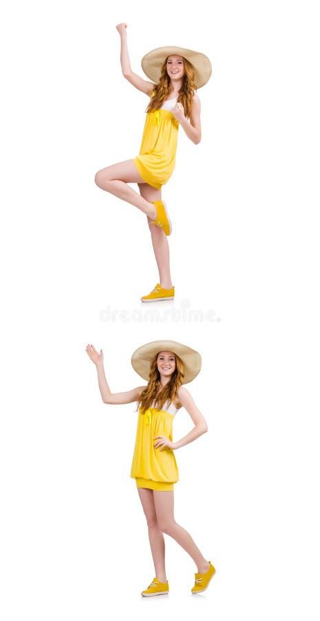 Die junge Frau im gelben Sommerkleid lokalisiert auf Weiß lizenzfreie stockbilder