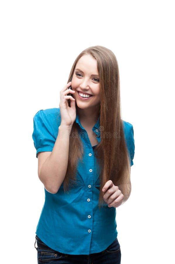 Geschäftsfrau, die am Handy spricht stockbilder