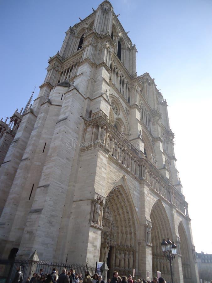 Die Kathedrale unsere Dame von Paris stockbilder