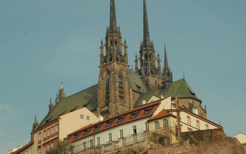 Die Kathedrale von Heiligen Peter und Paul Petrov, Roman Catholic, barocke, gotische Wiederbelebung, touristischer Markstein und  stockfotografie