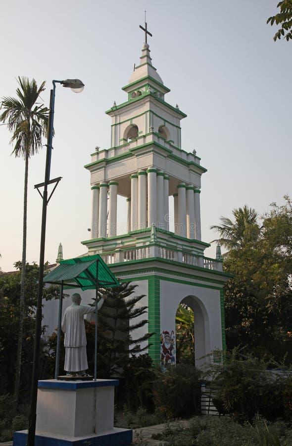 Die katholische Kirche in Kumrokhali, Westbengalen, Indien lizenzfreies stockfoto