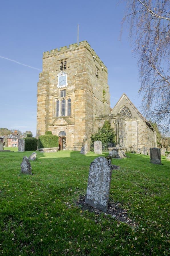 Die Kirche der Heiligen Maria, Goudhurst, Kent, Großbritannien lizenzfreie stockfotos