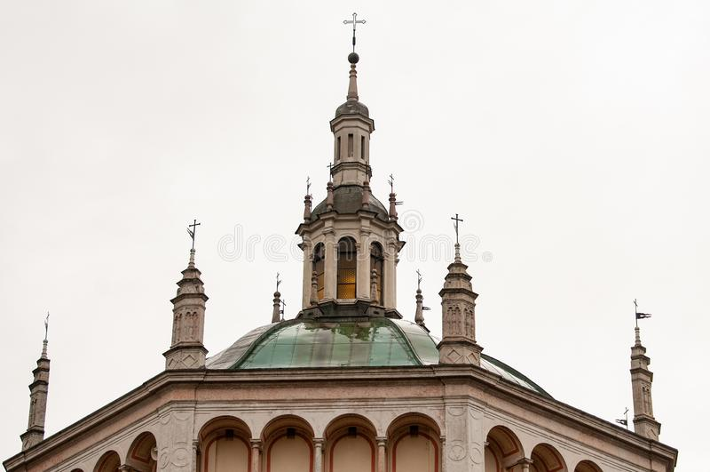 Die Kirche von ` Adda Crespi d, in Italien, ist eine Kopie der Renaissancekirche Bramante-Schule in Busto Arsizio stockbilder
