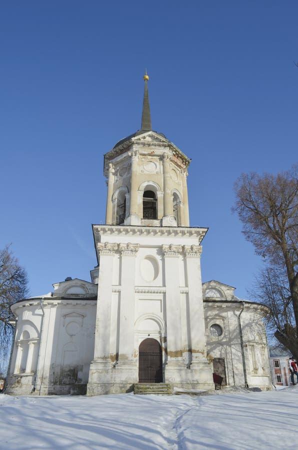 Die Kirche von Johannes der Täufer im Zustand in Yaropolets nahe Volokolamsk, besessen durch Zagryazhsky, das Pushkin zweimal bes stockfoto
