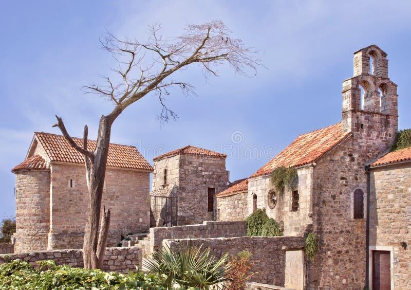 Die Kirche von Santa Maria in Punta, Budva, Montenegro Hergestellt durch die Benediktiner in ANZEIGE 840 lizenzfreies stockbild