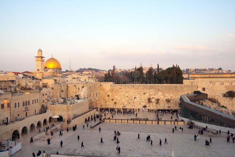 Die Klagemauer, die Klagemauer oder das Kotel ist in der alten Stadt von Jerusalem am Fuß der Westseite des Tempelbergs stockfotografie