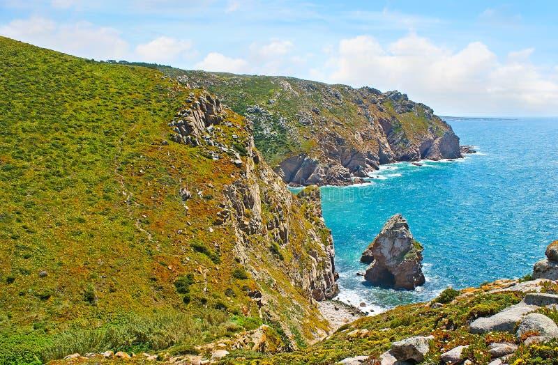 Die Klippen des Kaps Roca lizenzfreies stockbild