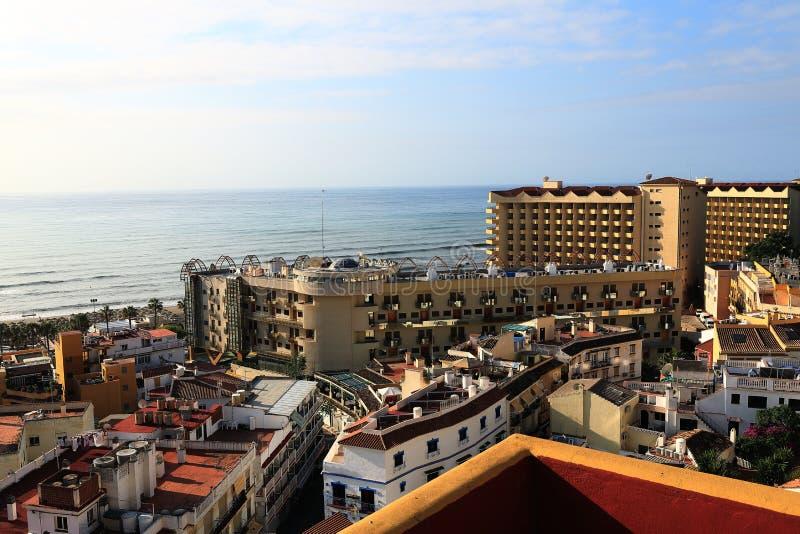 Die Kolonnade in der Küstenstadt Terremolinos, Spanien stockbilder