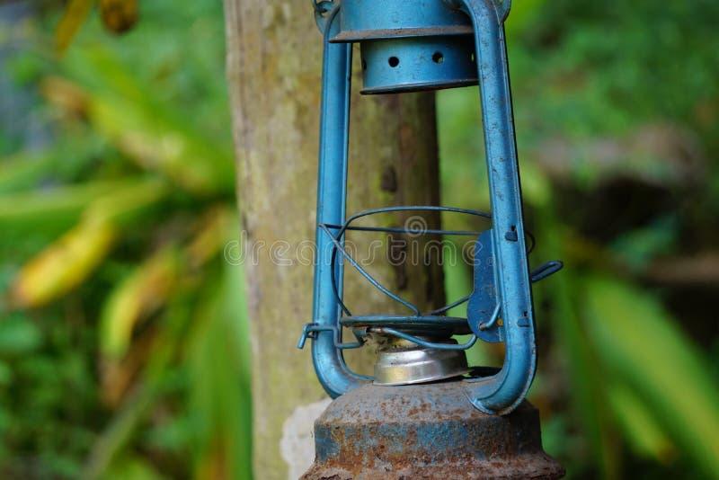 Die Lampe im Dorf stockbild
