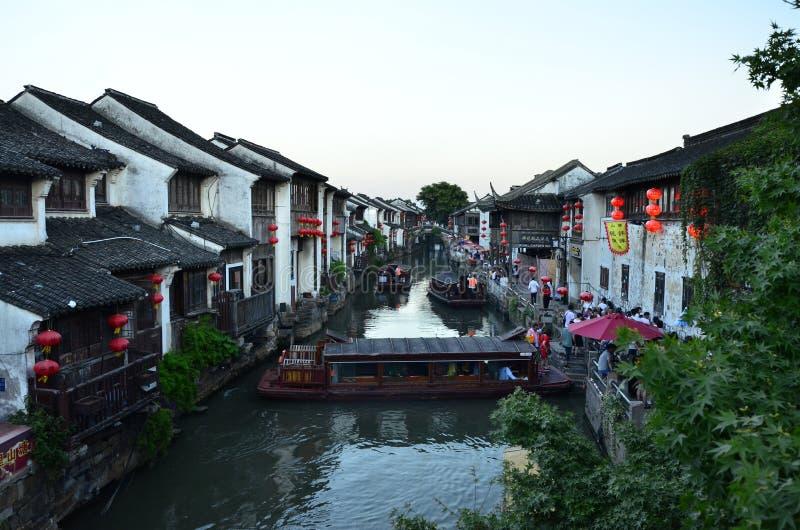 Die Landschaft von Shantang-Straße in Suzhou, China im Frühjahr stockbilder