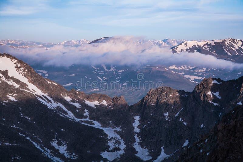 Die landschaftliche Schönheit des Colorados Rocky Mountains stockfotos