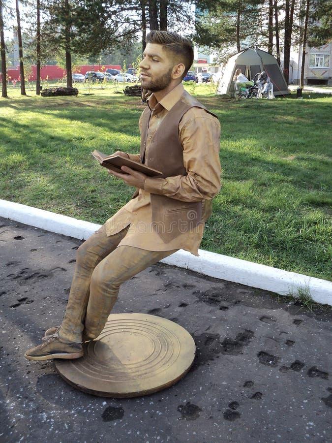Die lebende Statue lizenzfreies stockbild