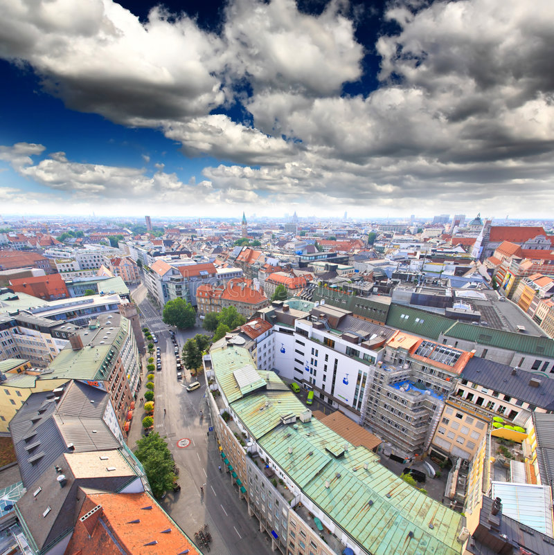 Die Luftaufnahme von München-Stadt cente stockfoto