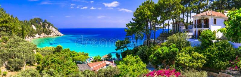 Die meisten schönen Strände von Griechenland-Reihen Lemonakia-Strand in Samos-Insel stockfotografie