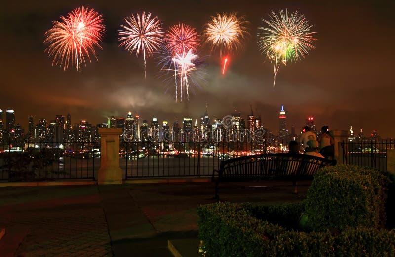 Die Midtown-Manhattan-Skyline lizenzfreie stockfotos