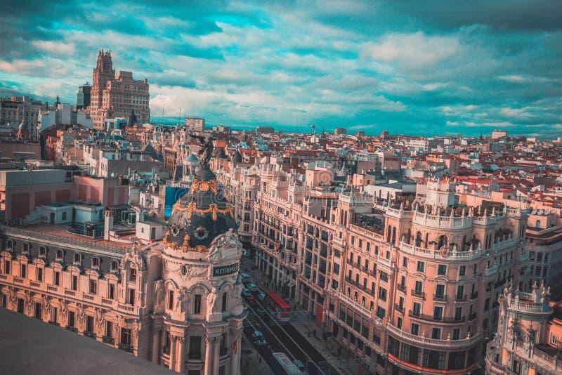 Die Mitte von Madrid und von seinen Gebäuden stockfotos