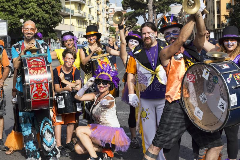 Die Musiker des Lazio-Stolzereignisses werfen für die Kamera - Rom auf lizenzfreie stockbilder