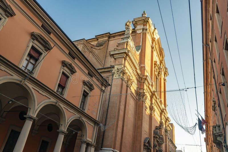 Die Nahaufnahme auf dem Detail der Architektur im Bologna, Italien stockfoto