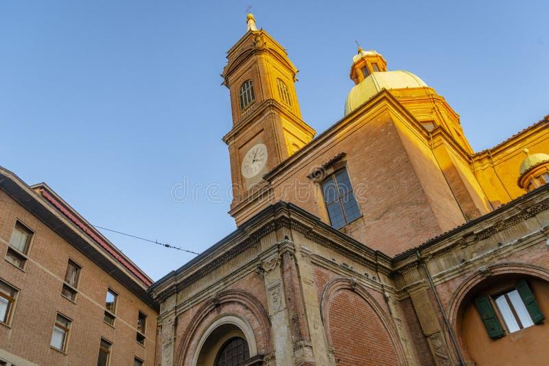 Die Nahaufnahme auf dem Detail der Architektur im Bologna, Italien stockfotos