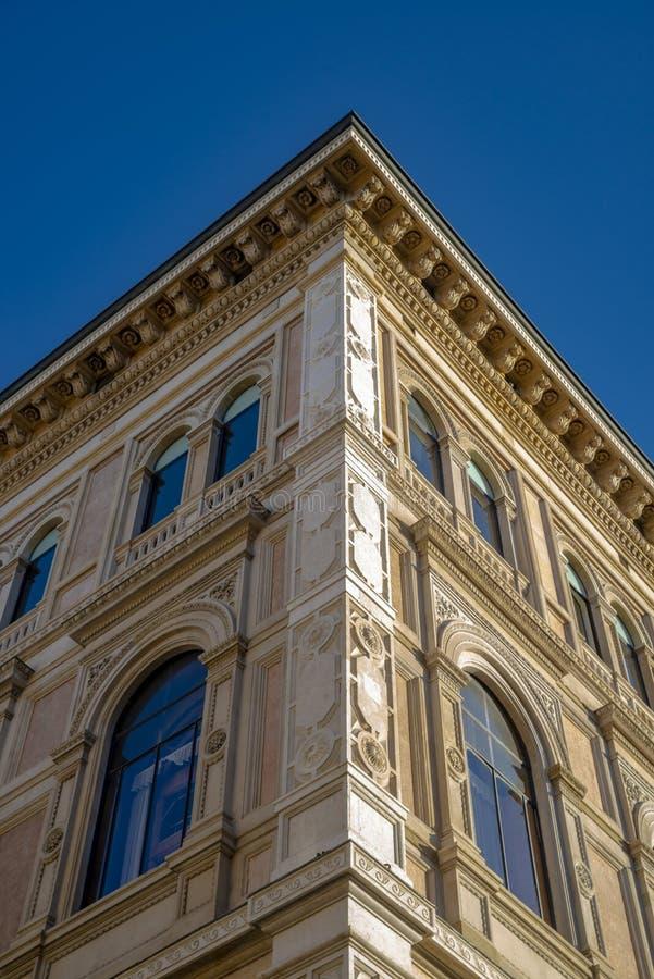 Die Nahaufnahme auf dem Detail der Architektur im Bologna, Italien lizenzfreie stockfotografie