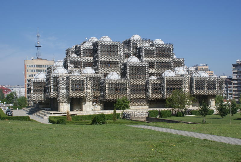 Die Nationalbibliothek in Pristina, Kosovo lizenzfreies stockfoto