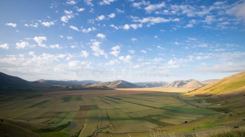 Die Naturlandschaft der Ebene von Castelluccio di Norcia Apennines, Umbrien, Italien lizenzfreies stockfoto