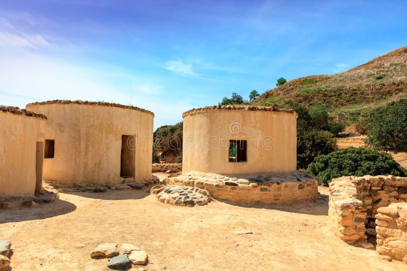 Die neolithische Regelung von Choirokoitia in Zypern stockbilder