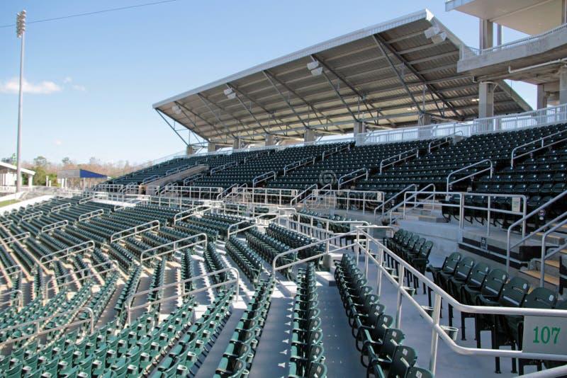 Die neuen Sitze bei Hammond Stadium lizenzfreies stockfoto