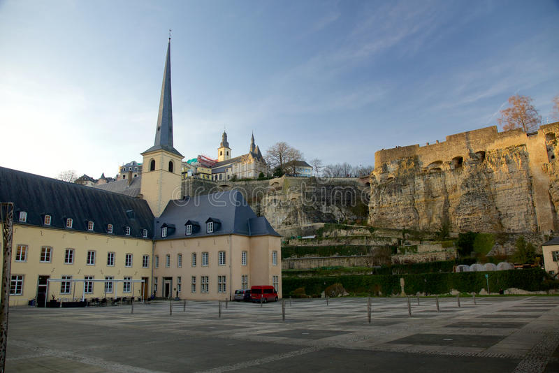 Die Neumunster-Abtei in der Luxemburg-Stadt stockbilder