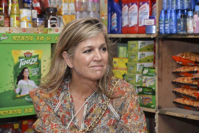 Die niederländischen Königin-Maxima: besuchtes ipay com BD-Speicher in Dhaka lizenzfreie stockfotografie