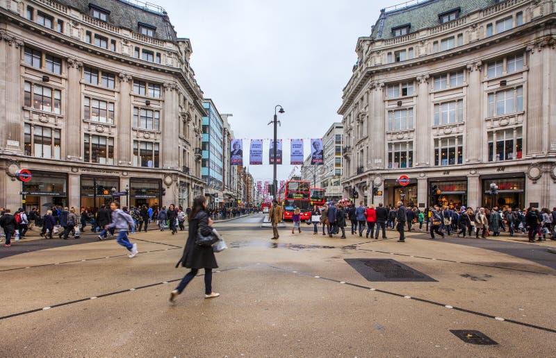 Die Oxford-Zirkusüberfahrt in London stockfotografie