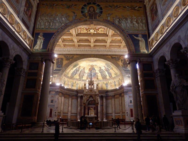 Die päpstliche Basilika von St Paul außerhalb der Wände in Rom lizenzfreie stockfotos