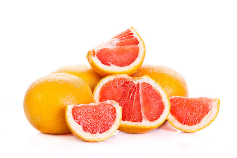 Die Pampelmuse, die auf weißem Hintergrund lokalisiert wird, trägt Lebensmittel Früchte lizenzfreies stockfoto