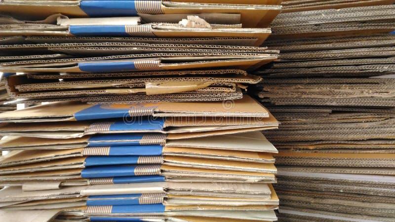 Die Papierabteilung bereitete vor sich, damit Lieferung verkauft lizenzfreies stockbild