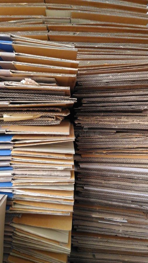 Die Papierabteilung bereitete vor sich, damit Lieferung verkauft lizenzfreie stockfotos