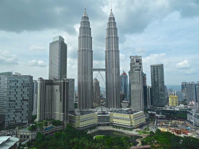 Die Petronas-Türme und KLCC-Park, Kuala Lumpur lizenzfreies stockbild