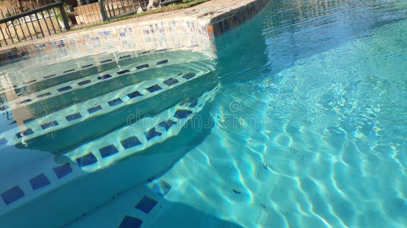 Die Pool-Schritte lizenzfreies stockbild