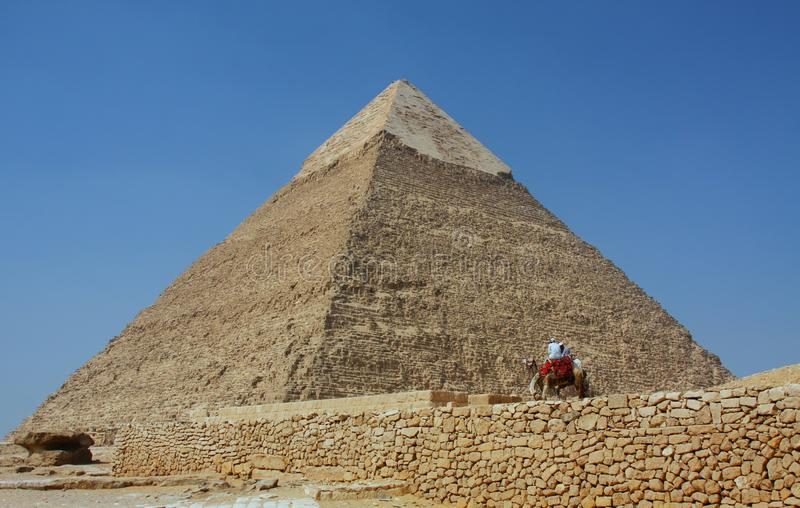 Die Pyramiden in Giza in Ägypten stockbilder