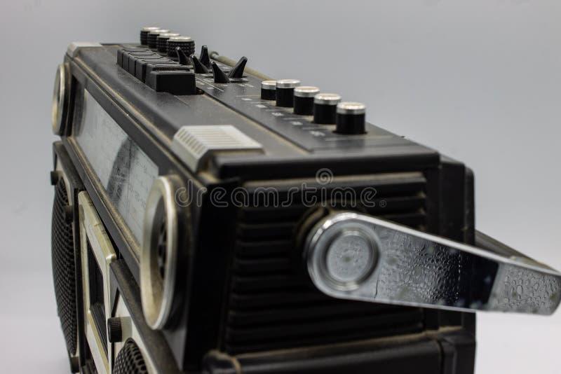 Die Radios waren sehr gro? und enthielten zwei Sprecher und einen Kassettenrecorder lizenzfreies stockbild
