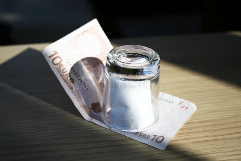 Download Die Rechnung stockfoto. Bild von europa, euro, geld, rechnung - 27726068