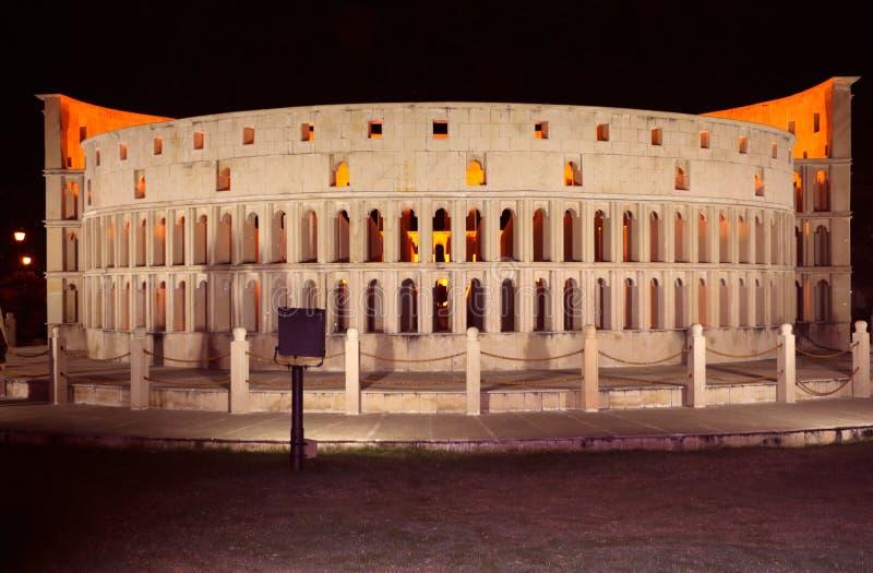 Die Replik von Rom-` s Colosseum lizenzfreie stockbilder