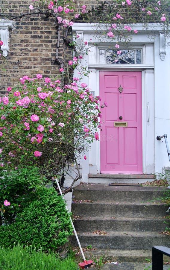 Die rosa Tür lizenzfreies stockbild