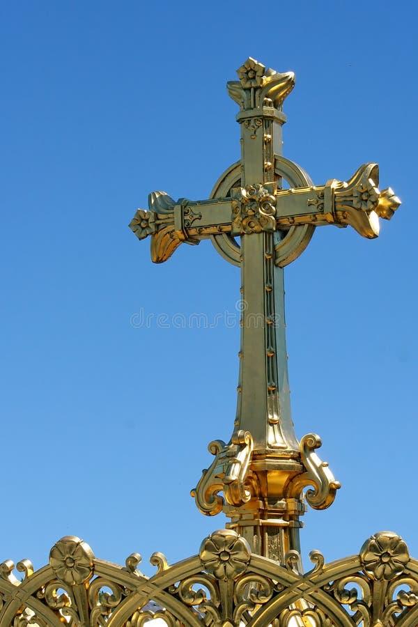Die Rosenbeet-Basilika in Lourdes stockbilder