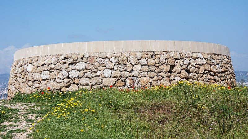 Die Ruinen des historischen PlatzBausteins unter dem Offenen Himmel in Zypern Paphos lizenzfreie stockfotos