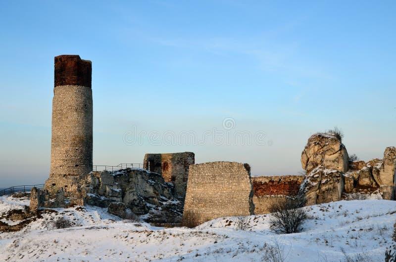 Die Ruinen des Schlosses in Olsztyn stockbilder