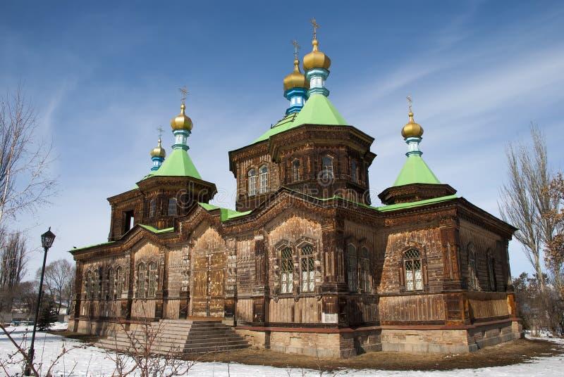 Die russische orthodoxe Kathedrale der Heiligen Dreifaltigkeit in Karakol stockbilder