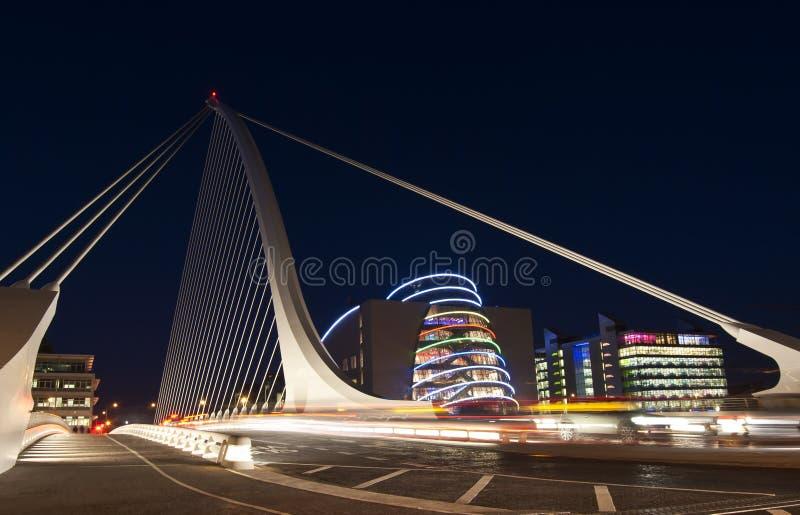Die Samuel- Beckettbrücke stockfotografie