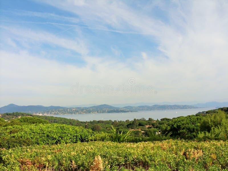Die schöne Landschaft in Saint Tropez lizenzfreies stockbild